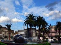 La piazza  - Trecastagni (2259 clic)