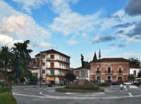 La piazza  - Trecastagni (2574 clic)