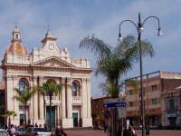 la chiesa  - Riposto (5004 clic)