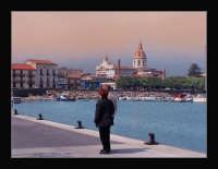 passeggiata lungo il molo del porto di Riposto  - Riposto (9712 clic)
