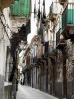 Passeggiando per le strade di Ortigia  - Siracusa (1657 clic)