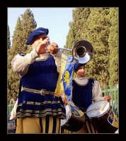 Festa del patrono 12 Aprile,durante lo svolgimento della giostra dei cavalieri  - San gregorio di catania (3303 clic)