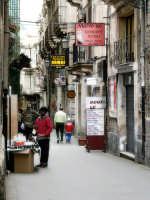 Passeggiando per le vie di Ortigia  - Siracusa (1819 clic)