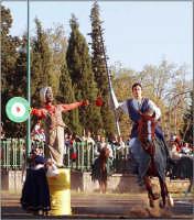 Festa del patrono 12 Aprile,durante lo svolgimento della giostra dei cavalieri.  - San gregorio di catania (2749 clic)