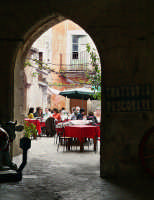 Passeggiando per le vie di Ortigia  - Siracusa (1457 clic)