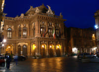 Veduta notturna del teatro Massimo  - Catania (2324 clic)
