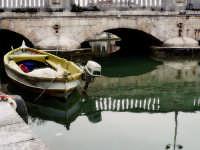 La darsena :Barca.  - Siracusa (1362 clic)