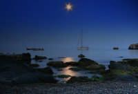 Scatto notturno eseguito a Giardini Naxos.  - Giardini naxos (5881 clic)