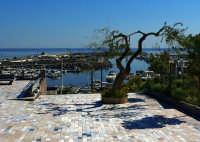 Vista del porto  - San nicola l'arena (4900 clic)