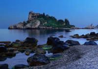Scatto eseguito all'Isolabella nell'ora blue  - Taormina (6577 clic)