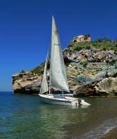 Barca a vela  - Altavilla milicia (6878 clic)
