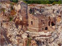 Scatto fatto il 2 giugno nella zona archeologica dell'orecchio di Dionisio  - Siracusa (4272 clic)