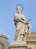 statua della santa patrona, facciata della Cattedrale, Siracusa  - Siracusa (1874 clic)