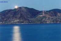 SERA D'ESTATE stretto d'argento  - Torre faro (6043 clic)