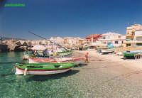 caletta con barche   - Torre faro (7021 clic)