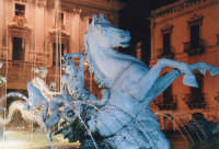 Fontana di Diana , particolare  - Siracusa (1982 clic)