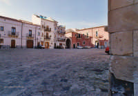 Piazza della fontana della zizza   - Militello in val di catania (2943 clic)