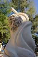 LA STATUA DI MARIA RANDO OMAGGIO A MARIA PER LA SUA OPERA    - Torre faro (5371 clic)