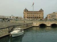 porto e municipio  - Siracusa (1810 clic)