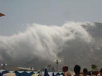 panico in spiaggia , le nuvole  scendono!!! PALERMO giulia maggì