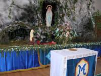 Madonna di Lourdes Riporoduzone della Grotta di Lourdes nella scuola elementare De Amicis di Enna in