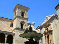 Particolare della fontana con Chiesa di S.Tommaso e Chiesa delle Anime Sante ENNA Rosario Colianni