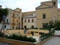 Santuario Piazzetta e Santuario Madonna della Milicia   - Altavilla milicia (3963 clic)