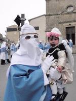 Settimana Santa Confrate della Donna Nuova con angelo   - Enna (1232 clic)