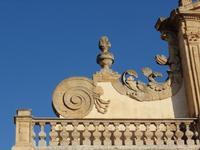 particolare Duomo      - Leonforte (1417 clic)