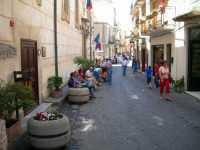 Via Garibaldi     - Polizzi generosa (6984 clic)