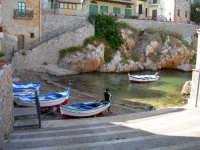 Barche  Scalinata dei pescatori  - Sant'elia (7177 clic)