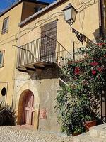 Scorcio      - Leonforte (941 clic)