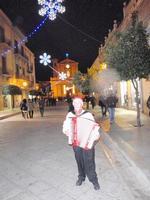Artista di Strada Foto dedicata a questo bravo artista, che ha donato mille note alla notte di Natale    - Bagheria (1565 clic)