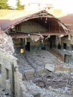 Vecchio cinema  Demolizione del Vecchio Cinema Monte ENNA Rosario Colianni