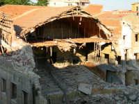 Vecchio cinema  Demolizione del Vecchio Cinema Monte  - Enna (3551 clic)