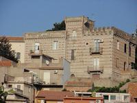 Palazzo Mediovale    - Mazzarrà sant'andrea (627 clic)