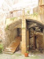 Cortile piazzese    - Piazza armerina (1293 clic)
