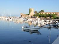 Il Castello e le barche di SAN NICOLA    - San nicola l'arena (4597 clic)