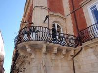 Balcone  Bella Balconata su Piazza Duomo   - Siracusa (2933 clic)