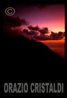 il cratere al tramonto  - Stromboli (5269 clic)