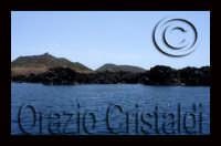 bellissima e vulcanica, le coste nord orientali dove vivono e nidificano le Berte  - Linosa (4148 clic)