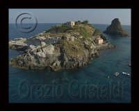 isola lachea  - Aci trezza (4790 clic)