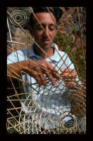pescatore mentre prepara la nassa  - Alicudi (4651 clic)