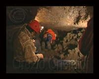 Grotta dei tre livelli  - Etna (3126 clic)