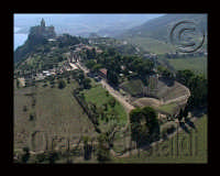 il parco archeologico e sullo sfondo il santuario  - Tindari (7404 clic)