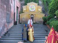 VI° Festa Medievale Festa del Ducato 2007 Camporotondo Etneo (CT) Momenti della sfilata del Corteo Storico Gruppo Leoni Reali  - Camporotondo etneo (2716 clic)