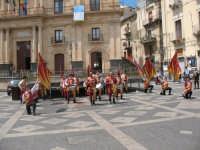Sagra della Ricotta 2008. Sbandieratori di Sicilia Leoni Reali di Camporotondo Etneo (CT).  - Vizzini (2131 clic)