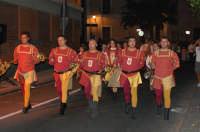 VII Edizione Festa del Ducato 2008. Gruppo Musici in sfilata. Sbandieratori e Musici Leoni Reali.  - Camporotondo etneo (3575 clic)