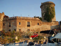 castello  - San nicola l'arena (6708 clic)