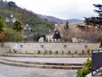 Paese delle campane - Piazza Faranda  - Tortorici (13380 clic)
